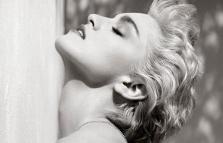 Herb Ritts. In equilibrio: fotografie 1980-2002, mostra al Palazzo della Ragione Fotografia