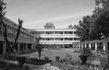 XXI Triennale: Indian architecture building democracy: a warm modernity, mostra