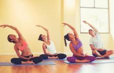 Gravidanza benessere yoga, presentazione del libro di Tara Lee e Mary Attwood alla Sexsade Fetish Boutique