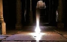 Visita guidata a mezzanotte alla Cripta di San Sepolcro