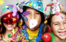 Festa di Carnevale con pentolaccia
