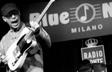 Alex Usai Band in concerto, showcase di Whose Eye