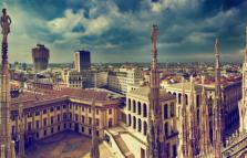 Narghilè sui tetti della Galleria guardando le palme di piazza Duomo
