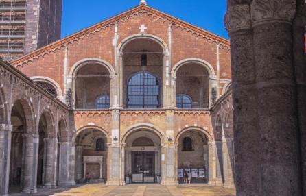 Sant'Ambrogio con Panettone, visita guidata