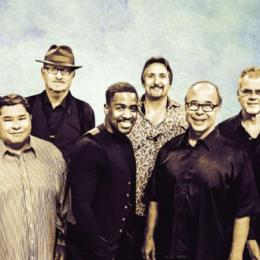 Tower of Power in concerto