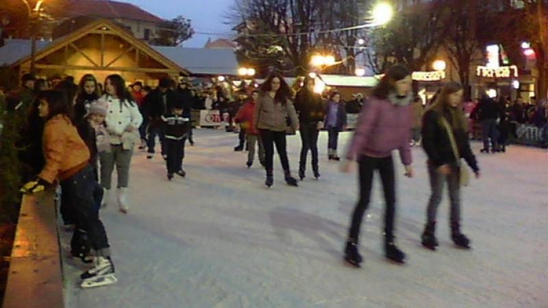 Paese Di Babbo Natale A Torino.Il Villaggio Di Babbo Natale A Rivoli Torino