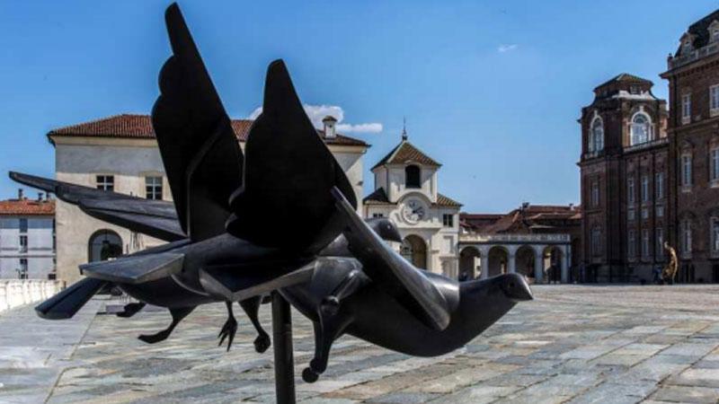Sculture moderne astratte top scultura decorazioni for Immagini astratte moderne